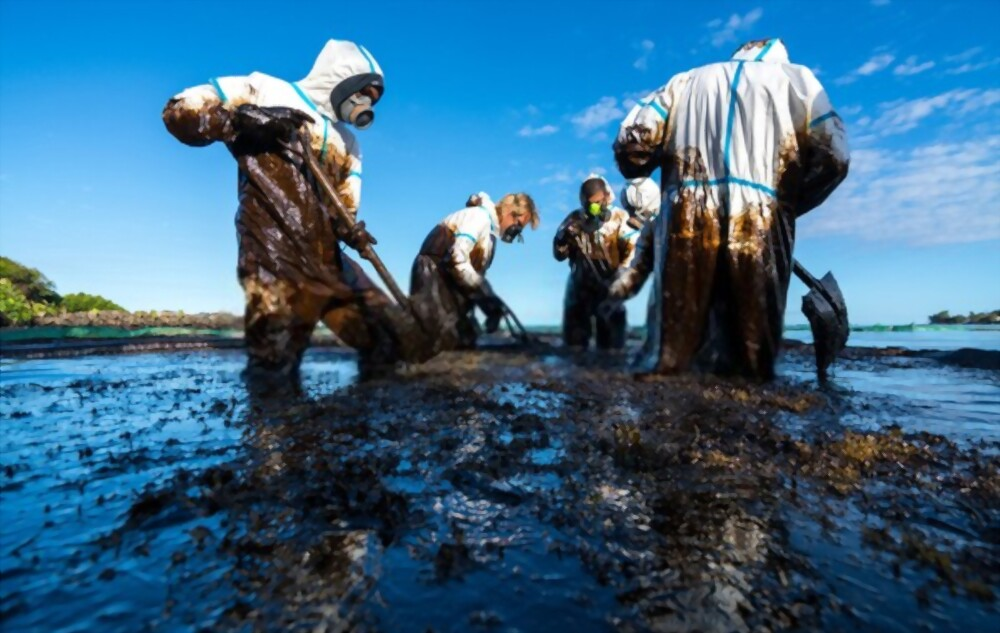 Oil & Sludge Disposal and Chemical Cleaning
